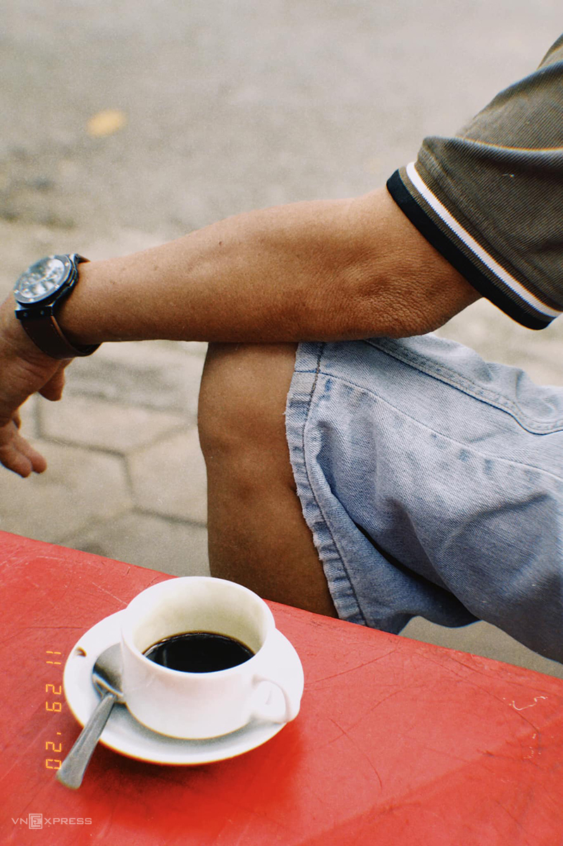 Dậy sớm uống cà phê vợt Cần Thơ
