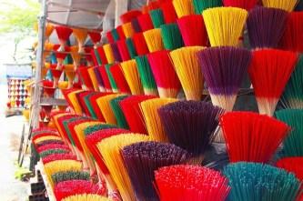 Huế – lạ mắt với ngôi làng đầy màu sắc