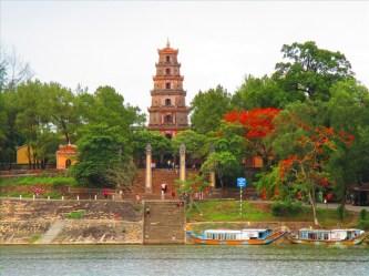 Điểm danh 10 ngôi chùa xứ Huế nên ghé thăm trong dịp nghỉ lễ