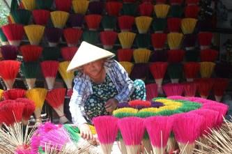 Làng nghề hương trầm nổi tiếng xứ Huế