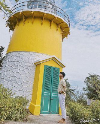 Hải Đăng Tiên Sa, tọa độ sống ảo 'CHẤT LỪ' thu hút giới trẻ Đà Nẵng