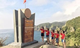 Tour Quy Nhơn Hải đăng mũi điện 1 ngày: Chinh phục mũi cực đông tổ quốc