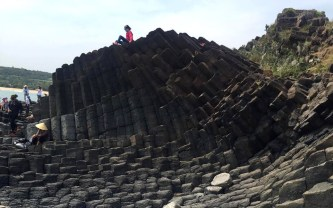 Gành Đá Đĩa-tuyệt tác thiên nhiên ban tặng cho Phú Yên
