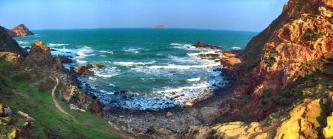 Du lịch Eo Gió Quy Nhơn thưởng thức một vẻ đẹp hoang sơ