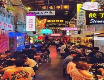 Hẻm bia: Lost in Hong Kong đầu tiên giữa lòng Hà Nội