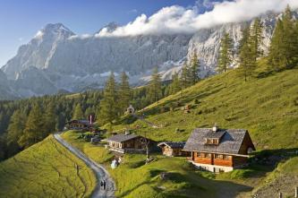 Những ngôi làng bước ra từ truyện cổ tích ở Đức