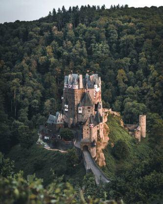 Điểm trường Bó Mon đẹp như cổ tích giữa núi rừng Tây Bắc