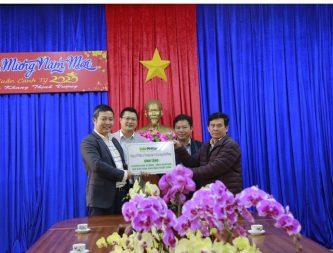 Hải Phong., Jsc tặng Huyện Kon Plông, Kon Tum, 500 cây hoa anh đào