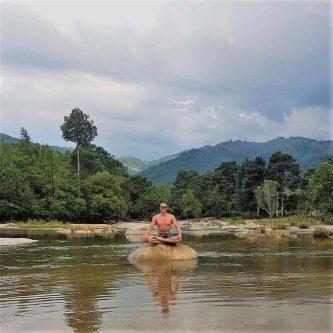 Khám phá Hòn Bà Nha Trang - Điểm đến lý tưởng của những tay phượt thích phiêu lưu