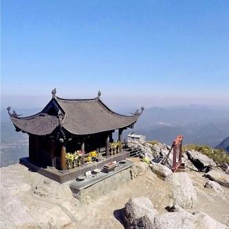 Vãn cảnh chùa Tết: Chùa Yên Tử cầu gì? Nên đi lễ vào ngày nào?
