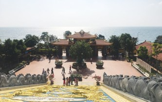 Vãn cảnh chùa Hộ Quốc
