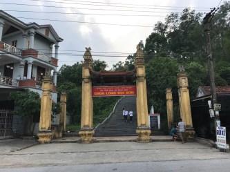 Chùa Long Đọi Sơn – Chùa Phi Lai (Duy Tiên)