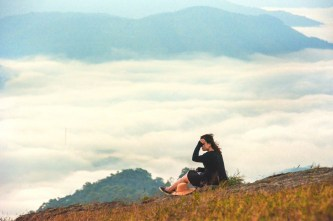 Lạc giữa 'thảo nguyên' Đồng Cao, cắm trại ngắm dải ngân hà tuyệt đẹp