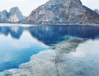 Sửng sốt với hồ sống ảo tựa Cửu Trại Câu phiên bản Việt gần Hà Nội