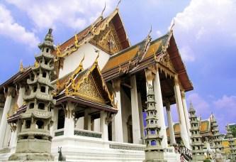 Top 6 ngôi chùa cổ nổi tiếng khi du lịch Bangkok