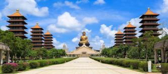 10 ngôi chùa du xuân trong hành trình đầu năm mới