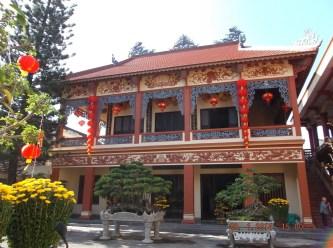 Khám phá chùa Long Khánh Quy Nhơn – Bình Định 300 năm tuổi cổ kính
