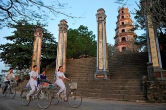 [Photo] Nhiếp ảnh gia Pháp và hành trình khám phá 'Chùa Việt Nam'
