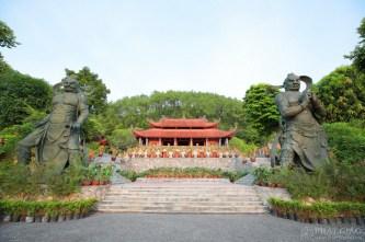 Không gian thiền vị đẹp như trong phim ở ngôi chùa hơn 1000 năm tuổi - Địa Tạng Phi Lai Tự