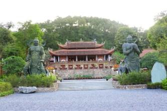 An lạc từng phút giây mùa Phật đản tại chùa Địa Tạng Phi Lai